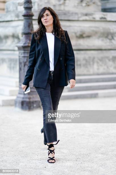 Emmanuelle Alt outside the Giambattista Valli show during Paris Fashion Week Haute Couture Fall/Winter 20172018 on July 3 2017 in Paris France