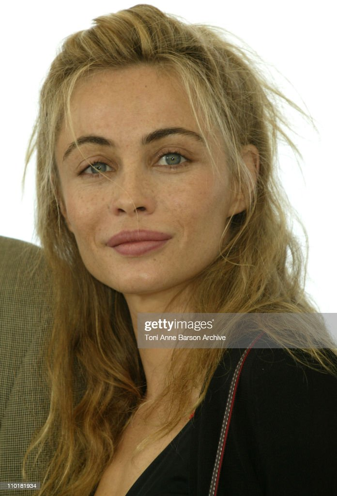 "2003 Cannes Film Festival - ""Les Egares"" Photo Call"