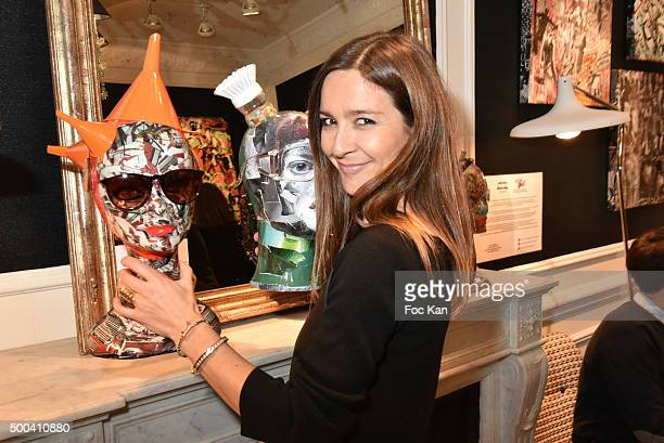 Emmanuelle Boidron attends the 'Accords Croises' Anne Mondy Exhibition Preview at Galerie Dedar on December 7 2015 in Paris France