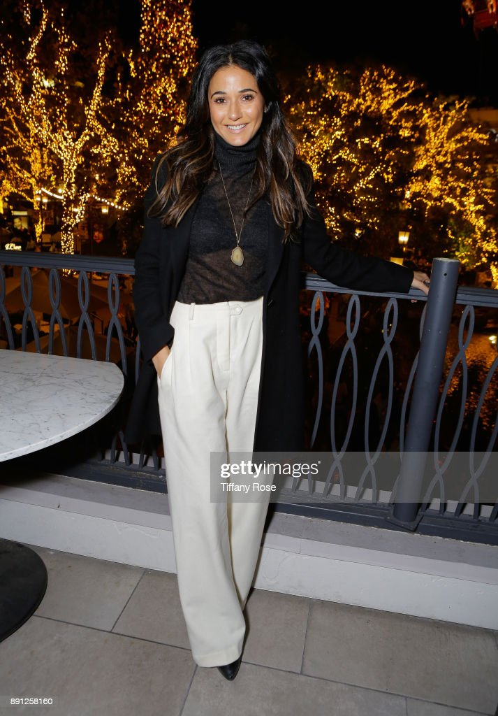 Village Synagogue and Emmanuelle Chriqui Host Menorah Lighting Ceremony