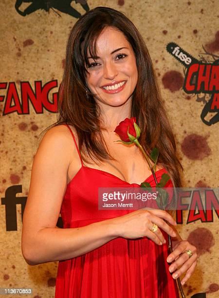 Emmanuelle Vaugier winner of the Most Thrilling Killing award for Saw II