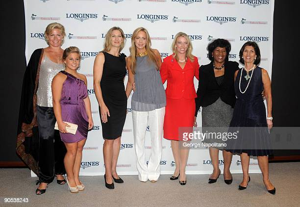 Emme Jacob Shawn Johnson Steffie Graf honorees Leila deBruyne Lorri Unumb and Deloris Jordan and Town Country EditorinChief Pamela Fiori attend the...