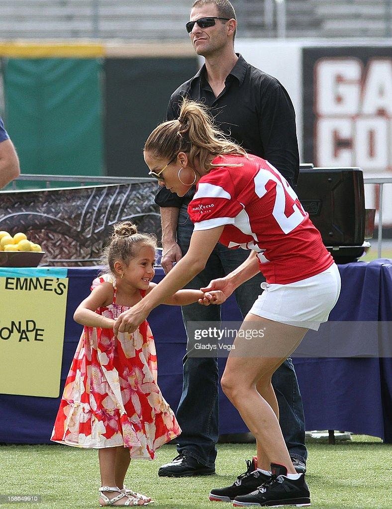 Jennifer Lopez Pre-Concert Celebrity Football Game Benefiting Hurricane Sandy Relief : News Photo