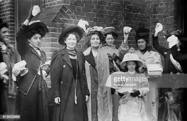 Emmeline Pankhurst and her daughter Christabel the English suffragettes with some of their supporters on their release from prison 1908