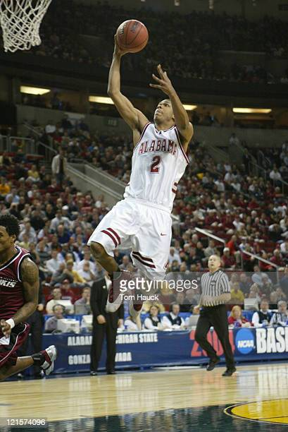 Emmett Thomas of Alabama shoots the ball Alabama defeats Southern Illinois 6564 during the first round of the 2004 Men's NCAA Basketball Tournament...