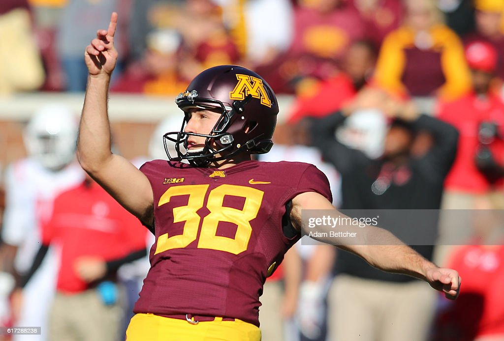 Emmit Carpenter #38 of the Minnesota Golden Gophers scores the game winning field goal against Rutgers Scarlet Knights in the fourth quarter at TCF Bank Stadium on October 22, 2016 in Minneapolis, Minnesota. Minnesota defeated Rutgers 34-32.