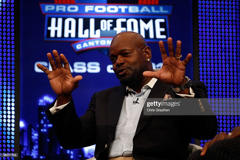 Emmitt Smith speaks on stage after he was announced as one of the newest enhrinees into the Hall of Fame during the Pro Football Hall of Fame Class of 2010 Press Conference held at the Greater Ft. Lauderdale/Broward County Convention Center as part of media week for Super Bowl XLIV on February 6, 2010 in Fort Lauderdale, Florida.