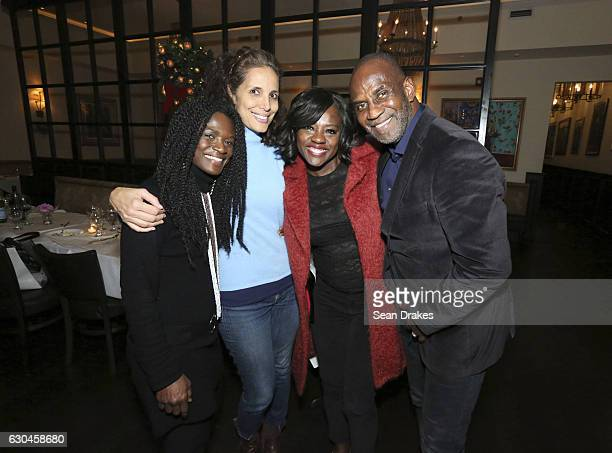 Emmy and Tony Awardwinning actress Viola Davis who stars in the new movie 'Fences' poses with Patrice Johnson Gwen Clayton and Julius Tennon at Alvin...