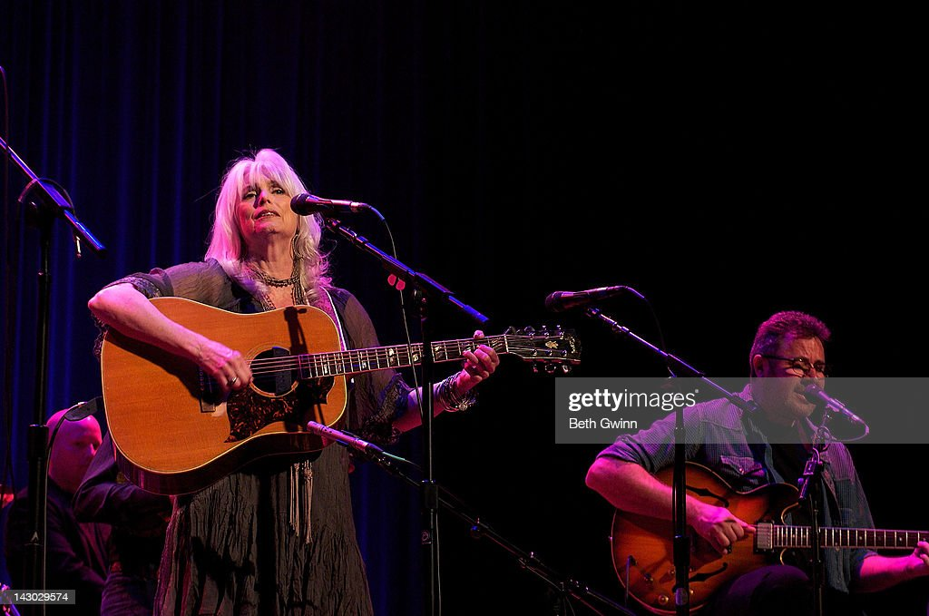 Emmy Lou Harris And Vince Gill Play The Mental Health America Of