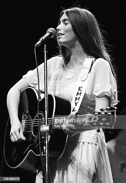Emmy Lou Harris performs at Holiday Star, Chicago, Illinois, July 6, 1980.