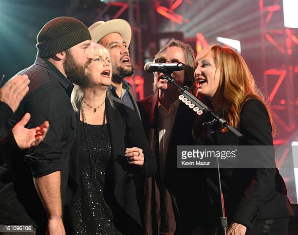 Emmylou Harris Ben Harper Jackson Browne and Patti Scialfa perform onstage at MusiCares Person Of The Year Honoring Bruce Springsteen at Los Angeles...