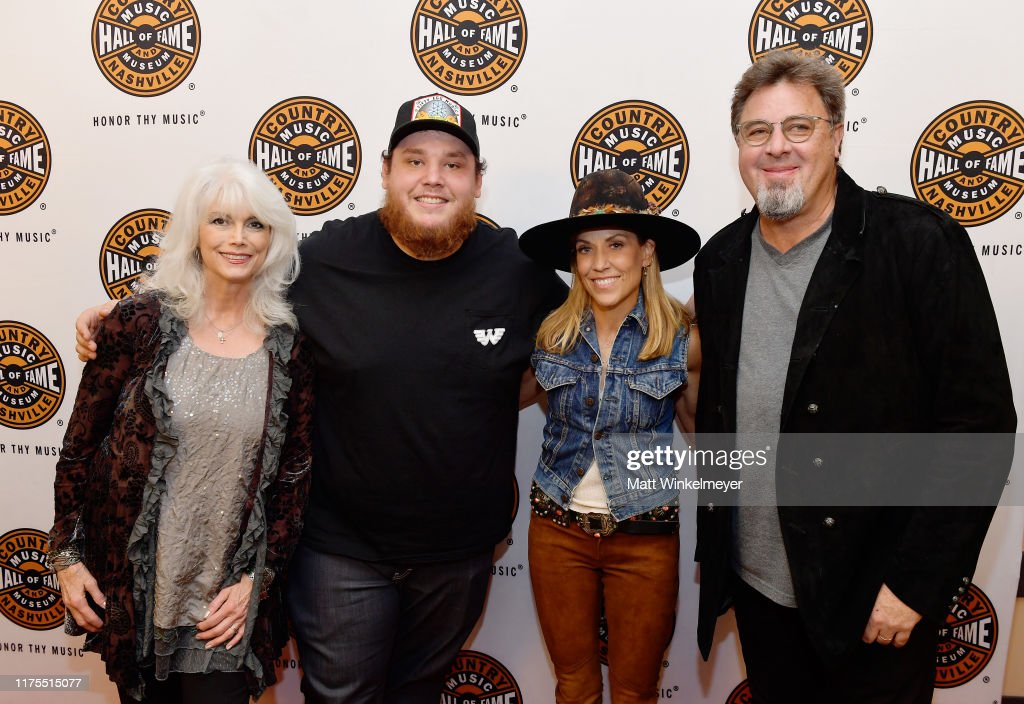 Country Music Hall of Fame and Museum All for the Hall Los Angeles : News Photo
