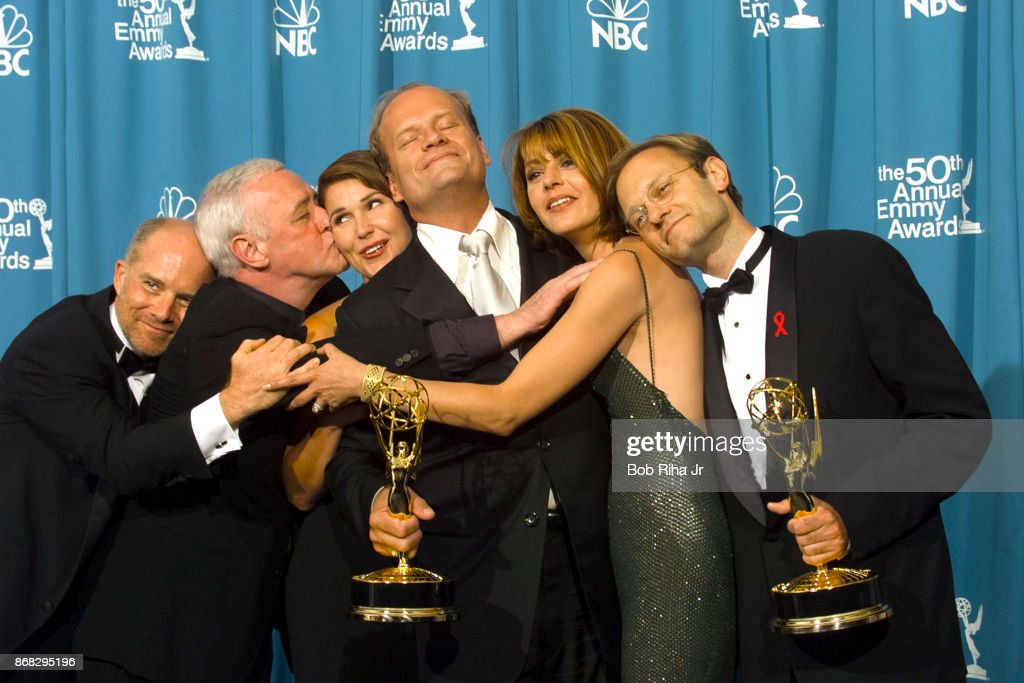 Frasier TV Show Cast at 50th Annual Emmy Awards 1998 : News Photo
