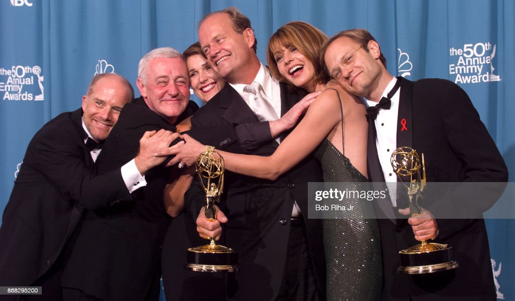Kelsey Grammer Frasier TV Show Cast at 50th Annual Emmy Awards 1998 : News Photo