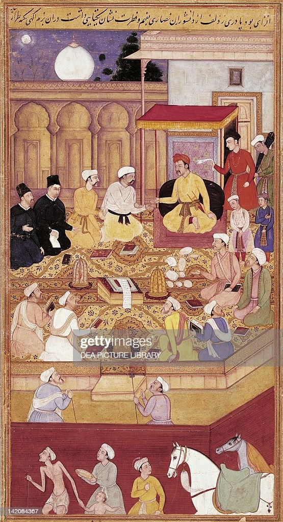Emperor Akbar in converstion with Jesuit  : News Photo