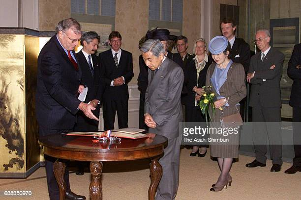 Emperor Akihito and Empress Michiko of Japan visit SieboldHuis on May 25 2000 in Leiden Netherlands