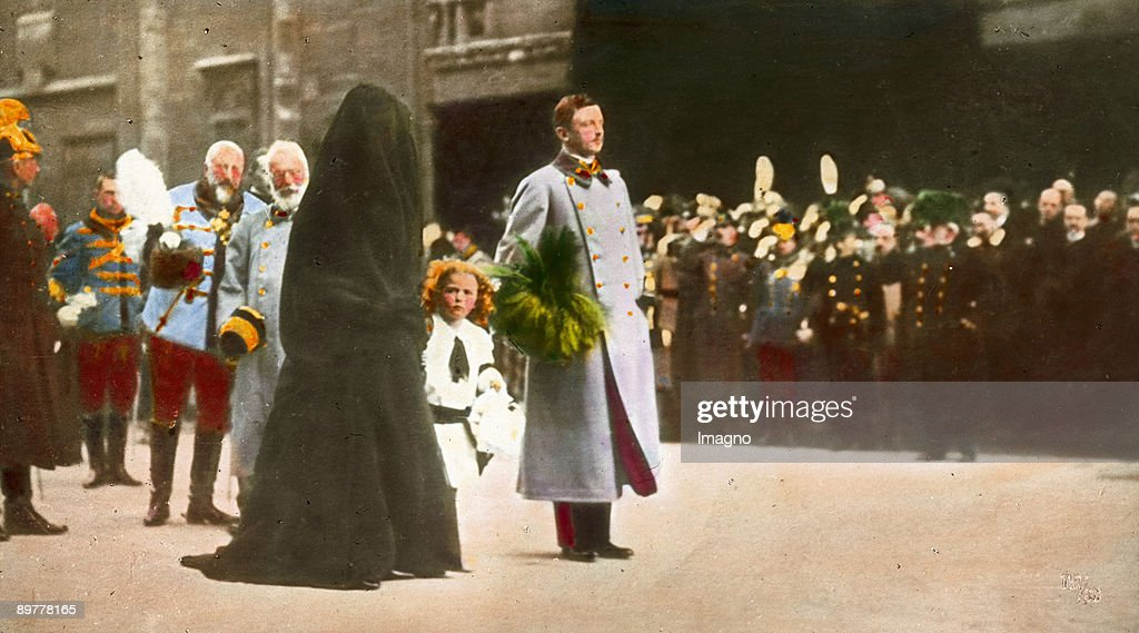 Emperor Franz Joseph´s funeral. Emperor Karl I., Empress Zita, crown prince Otto at the funeral procession in front of the St. Stephen's Cathedral. Hand-colored lantern slide. November 30th 1916. : News Photo