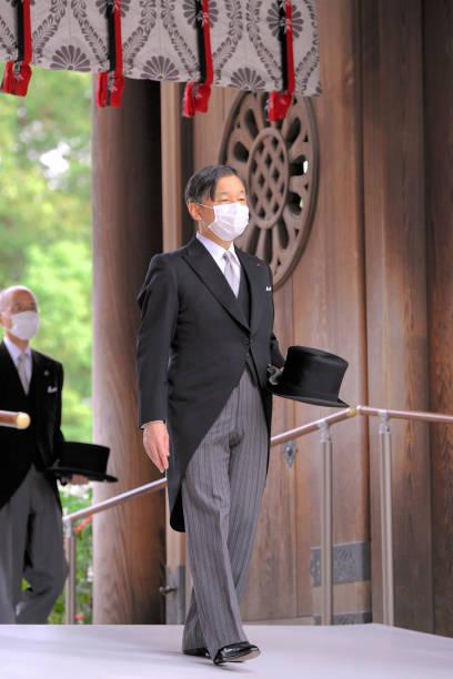 JPN: Royal Family Members Visit Meiji Jingu Shrine