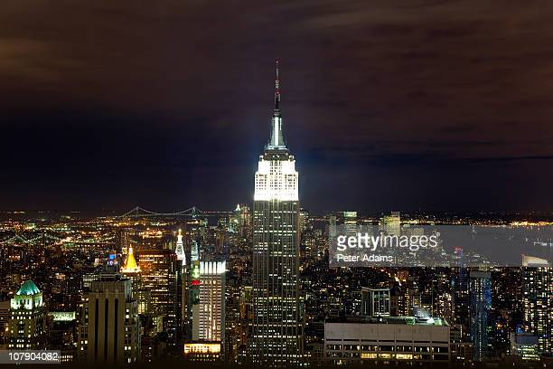 empire state building & lower manhattan, new york - peter adams stock pictures, royalty-free photos & images