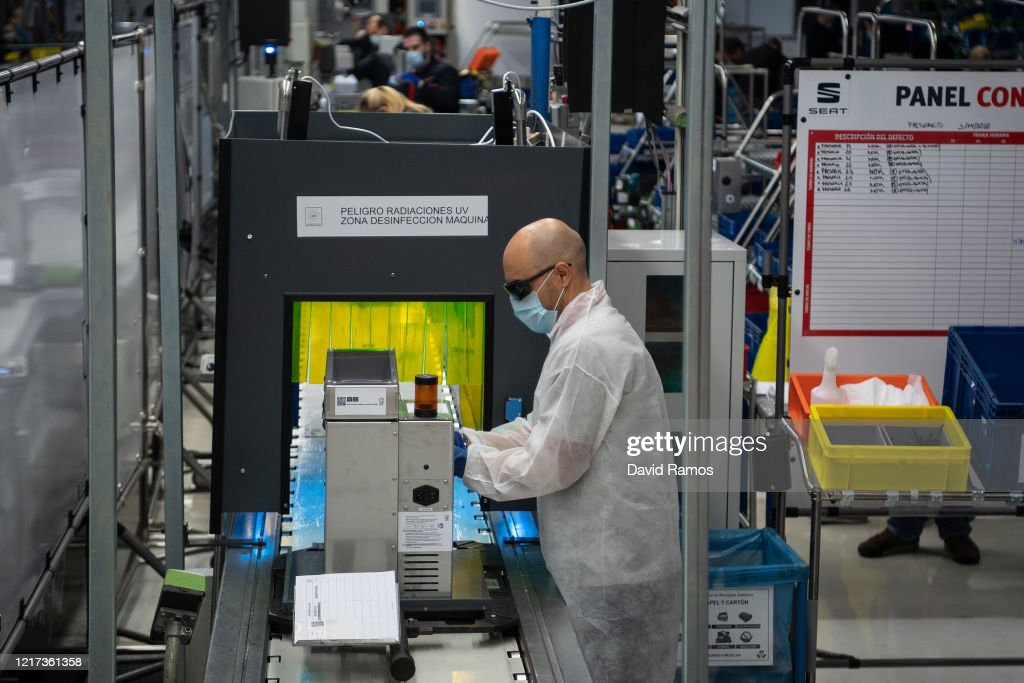 Spanish Carmaker SEAT Makes Ventilators At Martorell Factory : News Photo