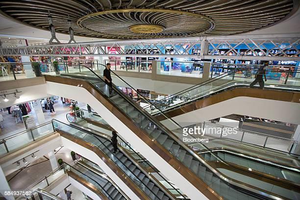 19 Selfridges Plc Opens Its Christmas Retail Store Pictures