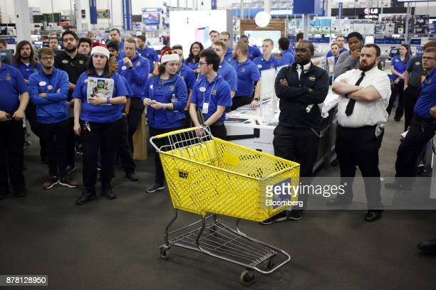 Best Buy Co. Stock Photos and Pictures | Getty Images