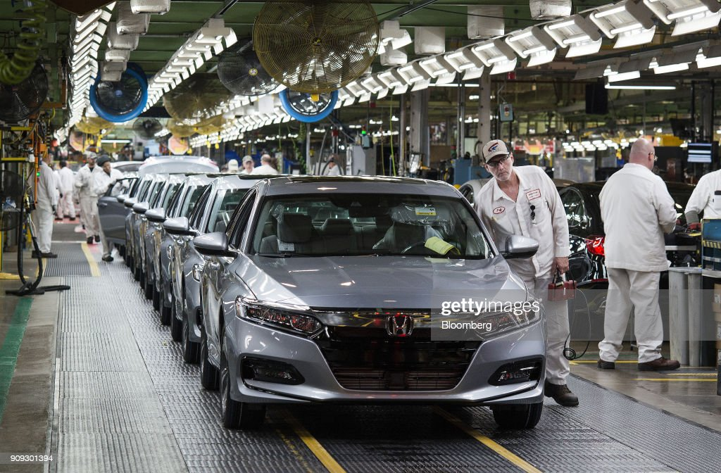 Employees Look Over 2018 Honda Accord Vehicle Before Being Driven Off The  Assembly Line At The