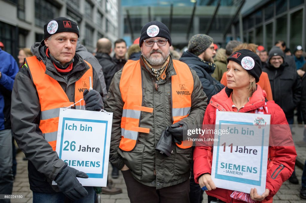 Siemens Workers In Offenbach Protest Cuts