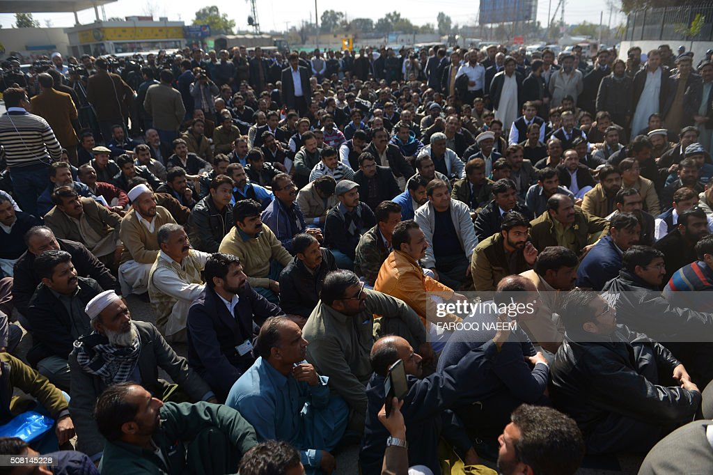 PAKISTAN-AVIATION-LABOUR-UNREST : News Photo