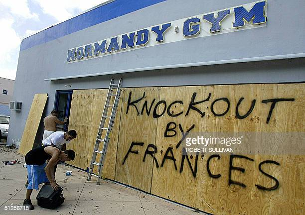Hurricane Frances Stock Photos And Pictures Getty Images