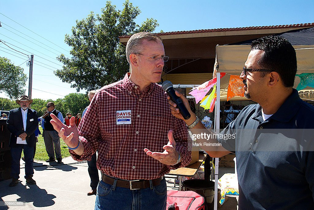 Candidte Paul Davis in Emporia Today : News Photo