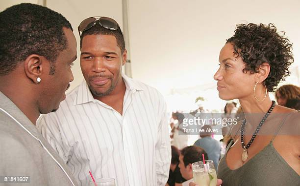 Empresario Sean Combs Athlete Michael Strahan and Nicole Murphy attend Celebrating The Legacy Of Business Icon Reginald F Lewis at the estate of...