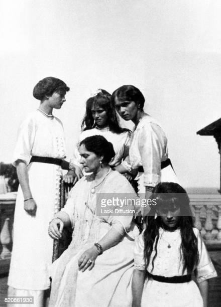 Empress Alexandra Feodorovna Romanova and her daughters Grand Duchesses Tatiana Maria Olga Anastasia Russia circa 1915