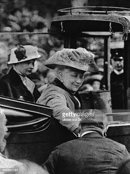 Empress Augusta Victoria of Prussia and Crown Princess Cecilie visit the reconquered areas in East Prussia in an open car