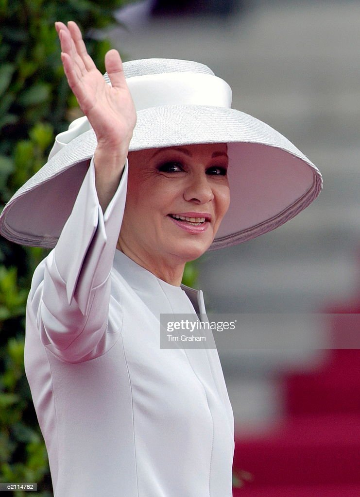 Empress Farah : News Photo