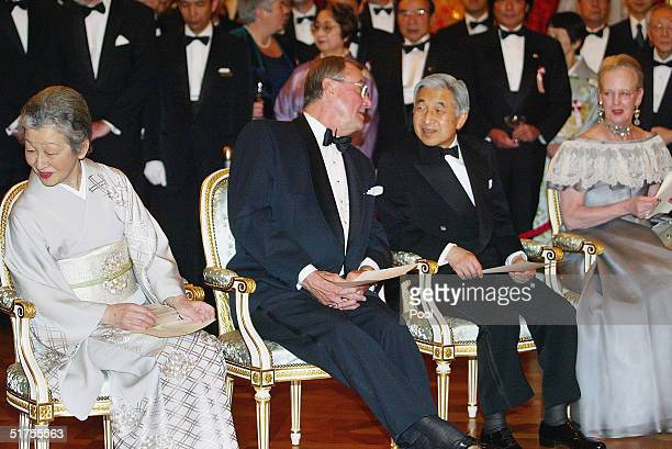 Empress Michiko Prince Henrik Emperor Akihito and Queen Margrethe attend the Akasaka state guesthouse during a reception hosted by Denmark's Queen...