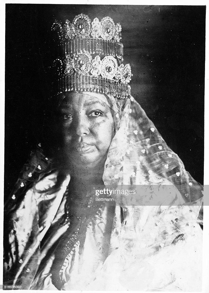 Empress Taitou Of Abyssinia : News Photo