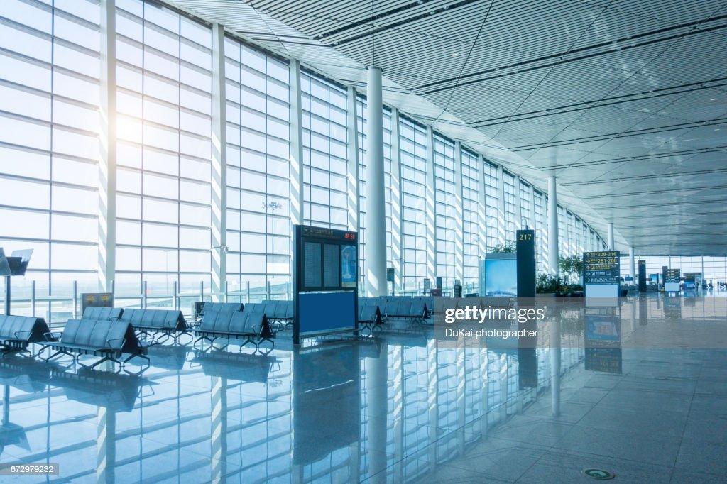 Empty airport terminal waiting area : Stock Photo