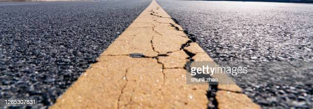 empty asphalt road - paved driveway stock pictures, royalty-free photos & images