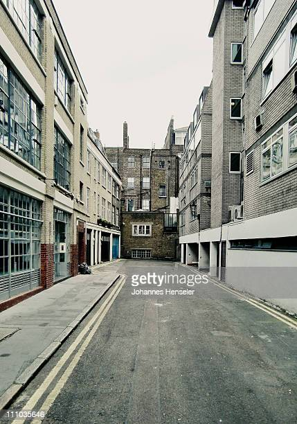 empty backyard of london - alley stock pictures, royalty-free photos & images