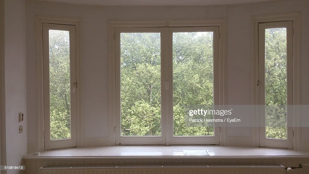 bay window images shutters empty bay windows bay window stock photos and pictures getty images