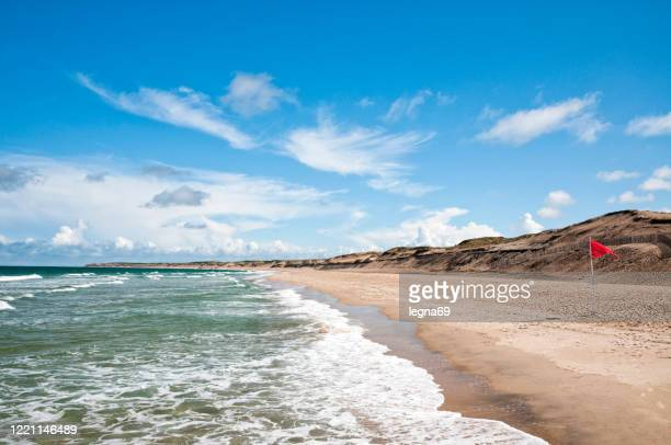 empty beach on atlantic coast - france - great recession stock pictures, royalty-free photos & images