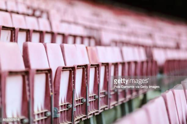 empty bleachers at sports stadium - empty bleachers stock photos and pictures