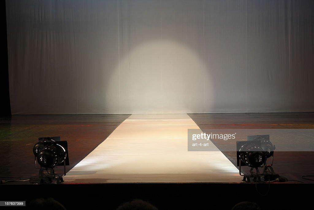 Empty catewalk stage lights : Bildbanksbilder