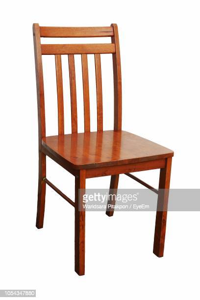 empty chair against white background - chair stock pictures, royalty-free photos & images