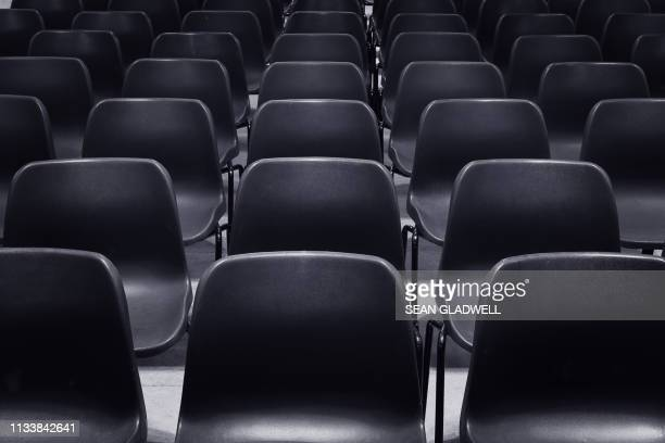 empty chairs - attending stock pictures, royalty-free photos & images