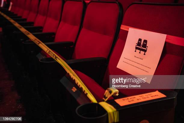 empty cinema seats - theatrical performance stock pictures, royalty-free photos & images