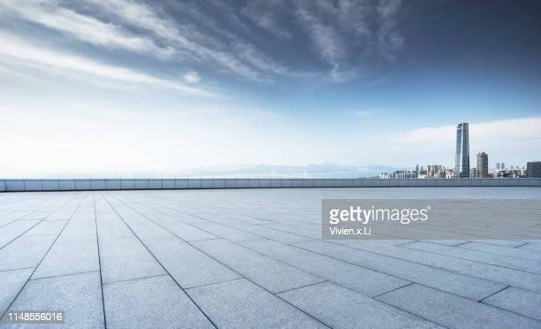empty city road - empty city stock pictures, royalty-free photos & images