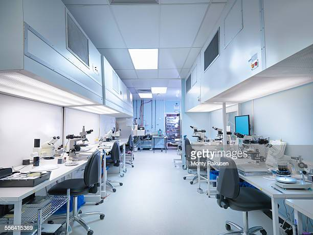 empty clean room in electronics factory - place of research stock pictures, royalty-free photos & images