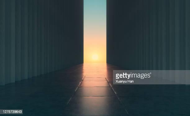 empty concrete building background - punto di fuga foto e immagini stock